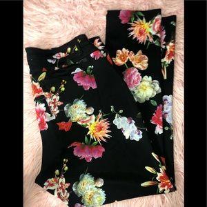 ❤️ Women's Plus floral pants ❤️